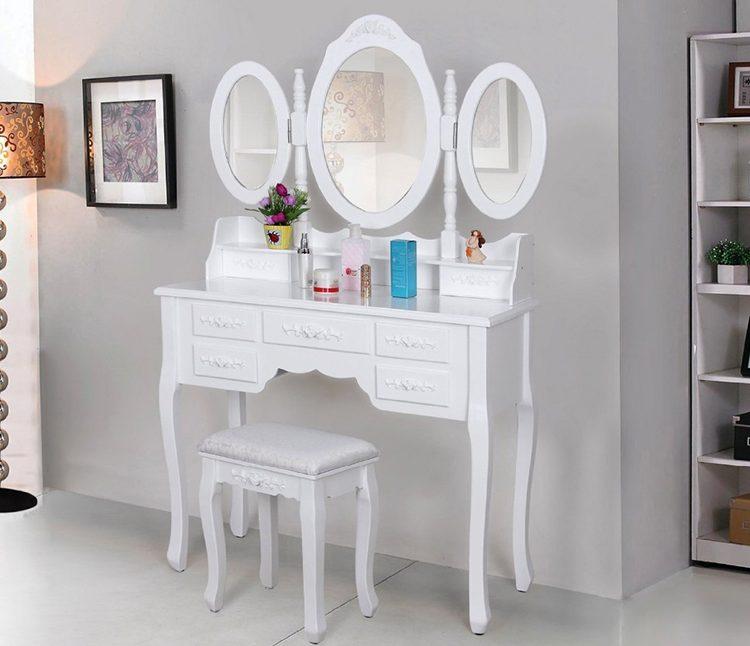 Туалетный столик Carrie