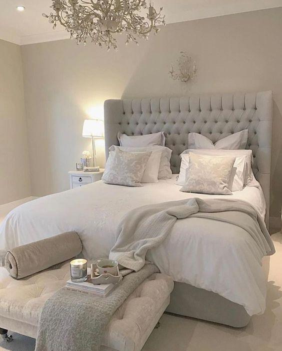 Мягкая кровать с подъёмным механизмом Martino