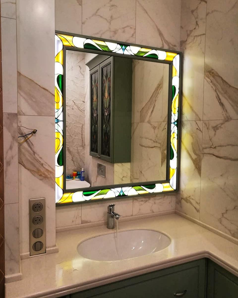 Мебель в ванную с применением витража