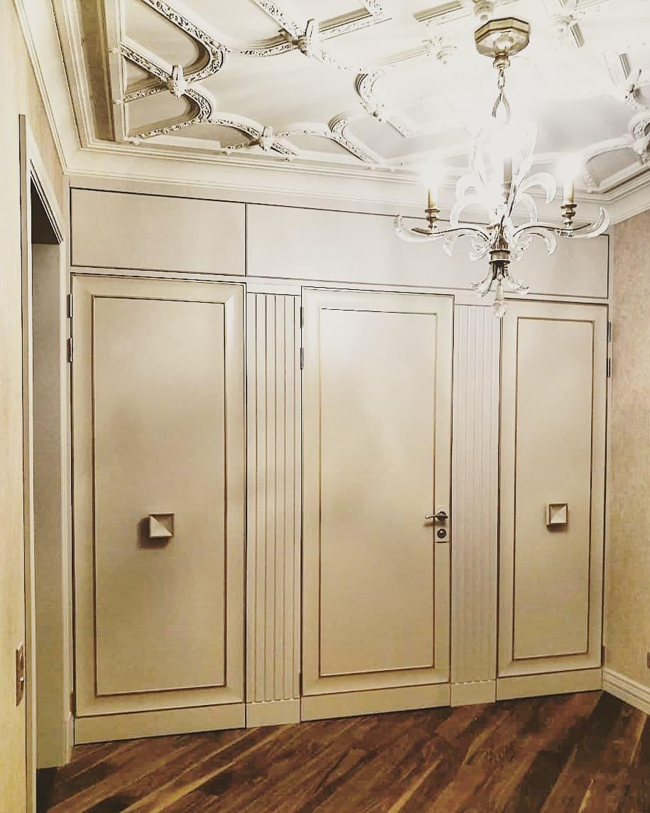 Двери в санузел и кладовку