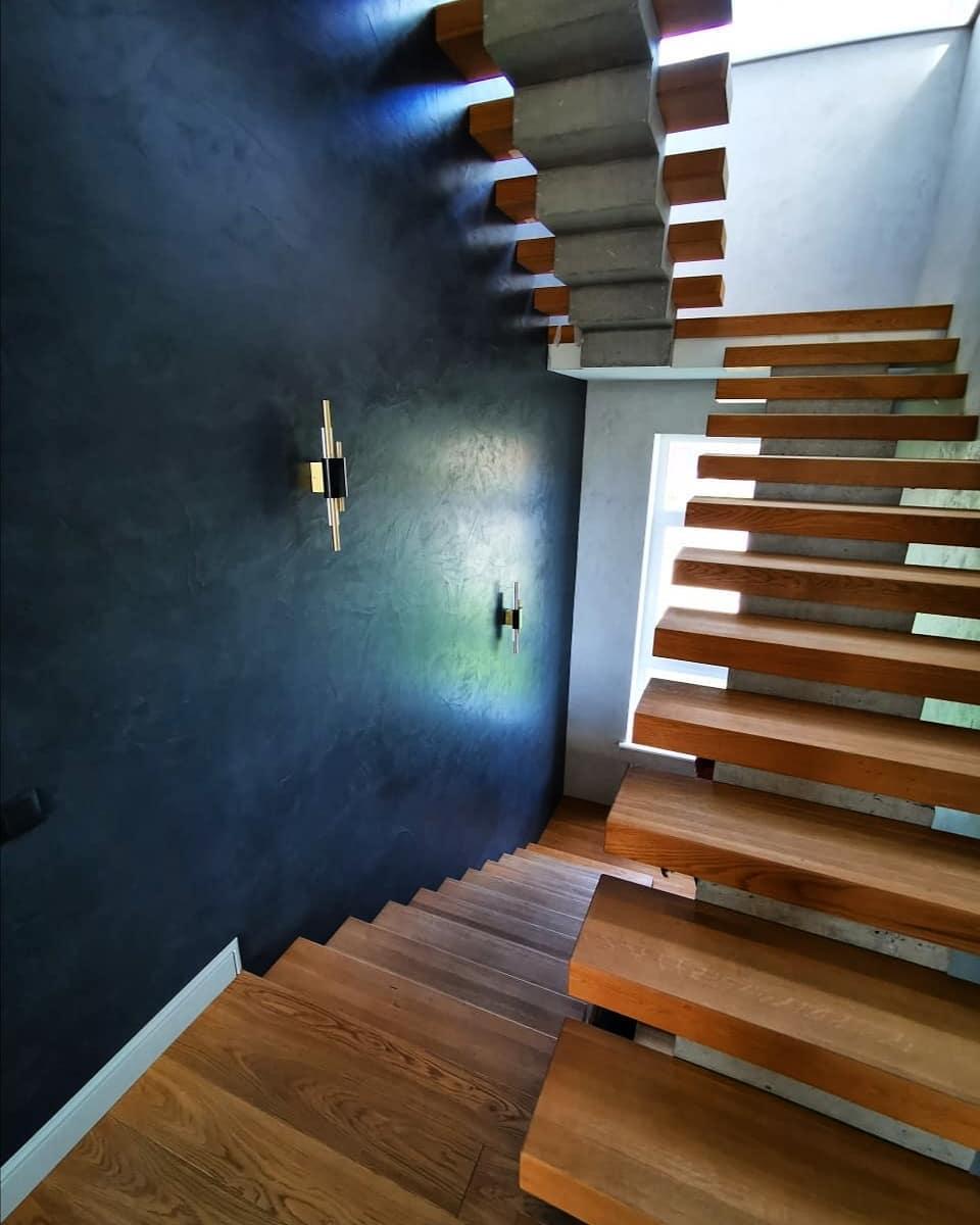 Шикарная лестница из массива Дуба