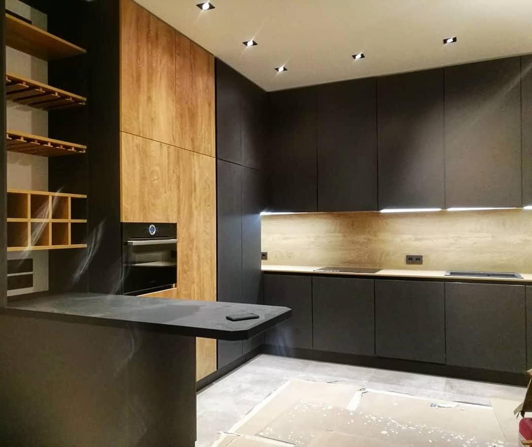 Дизайнерская матовая кухня